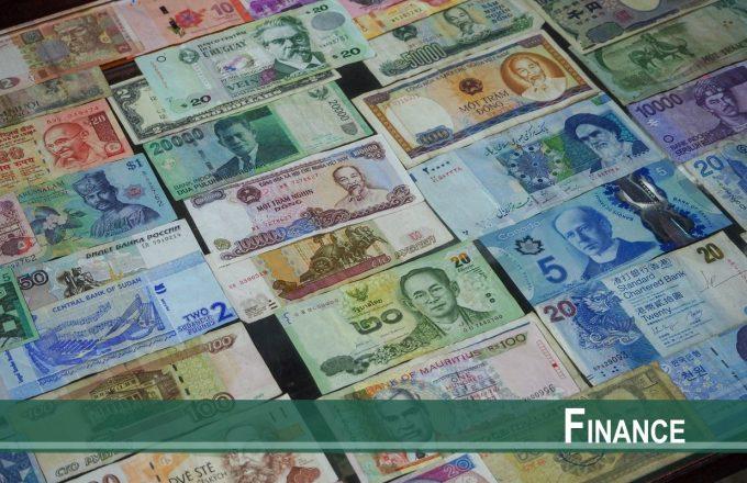 Entangled Risks in Incomplete FX Markets